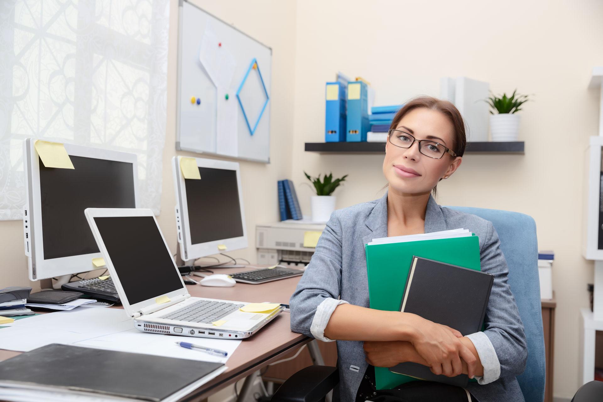 Teórico e Prático: Organização de Escritórios